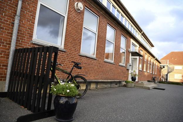 Højskolen i Vester Thorup har til hus i den tidligere efterskole i byen.
