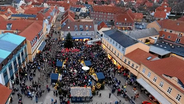 Et vue fra et festligt Sæby - i julestemning. PR-foto.