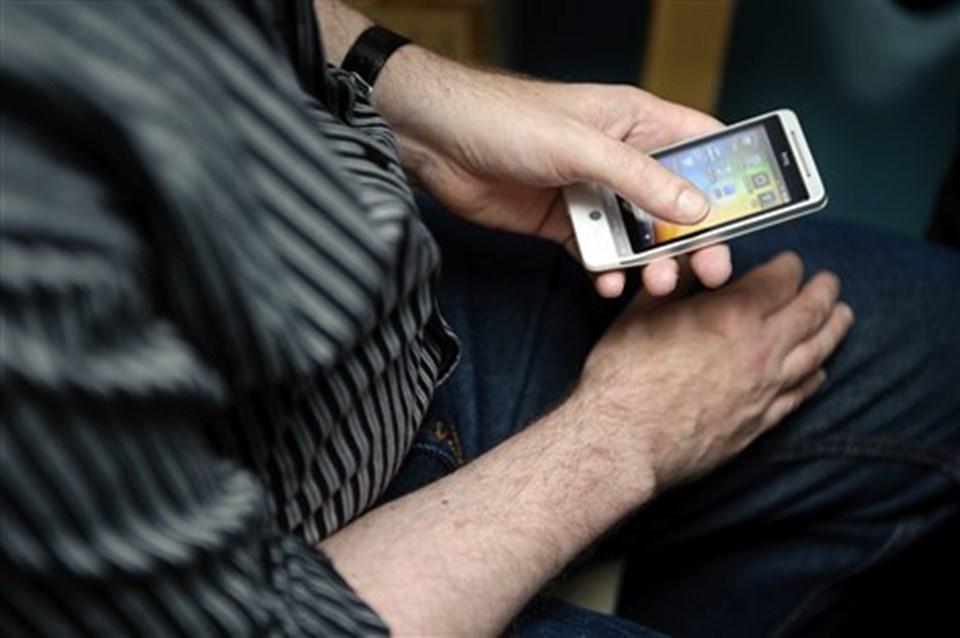 Bibliotekar Frank Helenius forklarede om apps og meget andet.