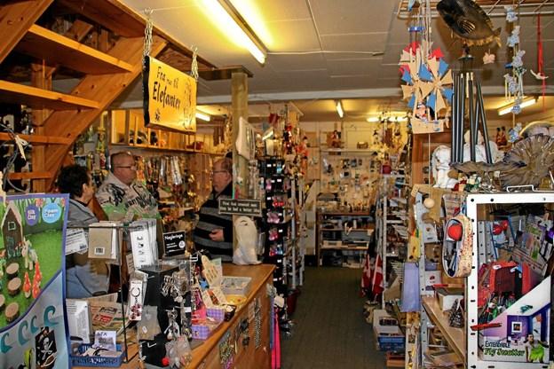Der er virkelig mange ting at vælge imellem så butikkens navn passer udmærket. Foto: Hans B. Henriksen Hans B. Henriksen