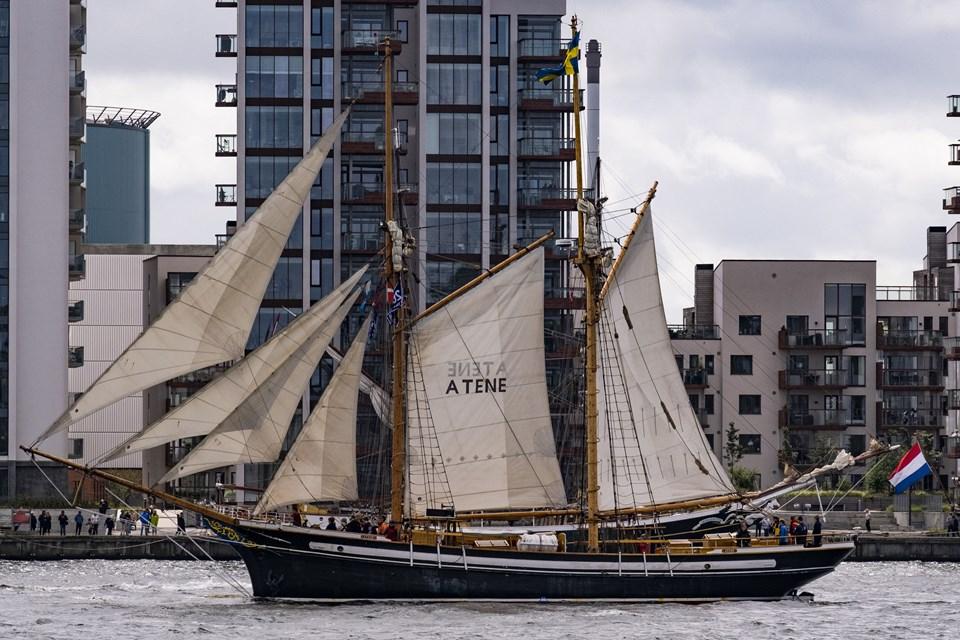 Her er det Atene, der finder sin plads i Parade of Sail. Foto: Lasse Sand