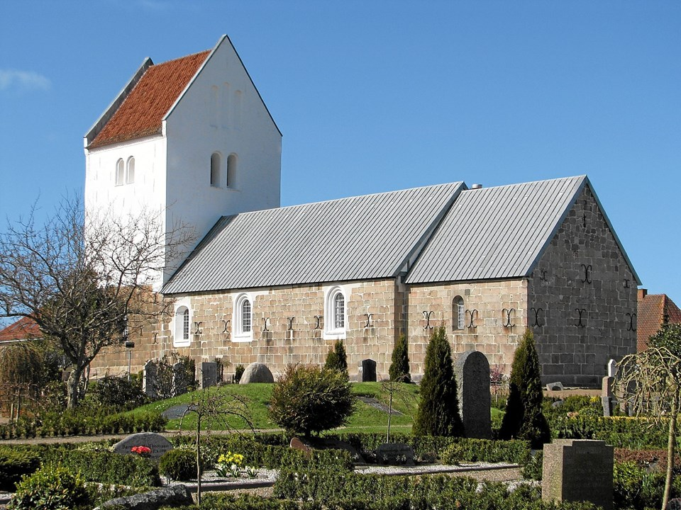 Vrå kirke. Foto: Arkivfoto