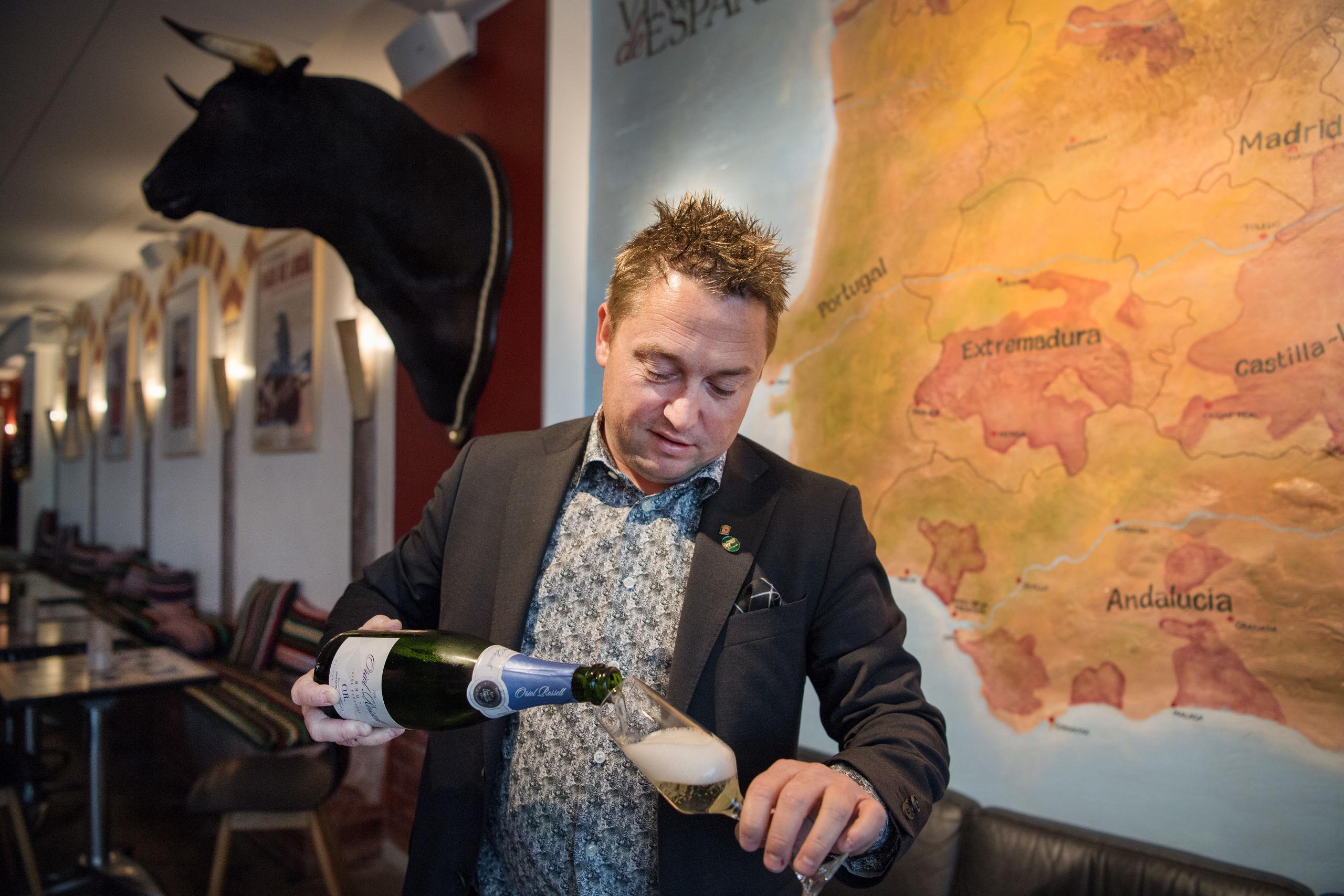 Kristian Ishøy vil lægge sin kræfter i vinbaren på den anden side af vejen. Arkivfoto: Hans Ravn