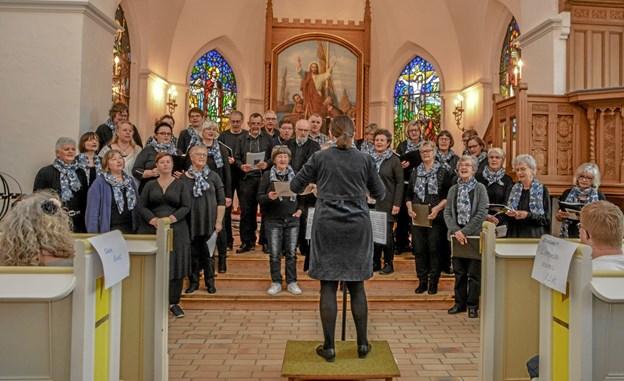 Aggersborg Gospelkor var det sidste kor der skulle synge inden det sluttede med fællessang. Foto: Mogens Lynge Mogens Lynge