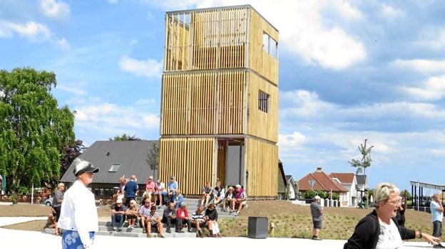 Sommeren igennem holdes der fredagskoncerner på Bytorvet i Øster Hurup.