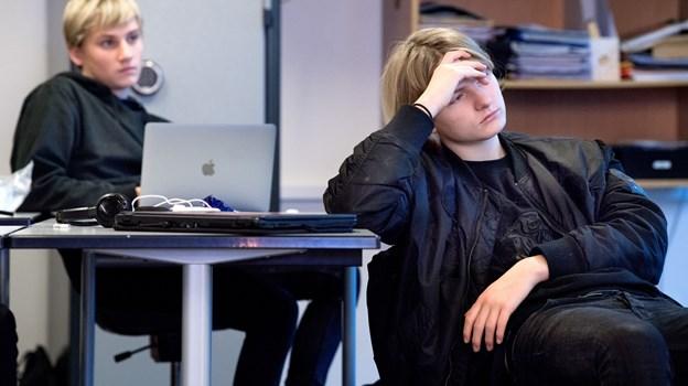 9. klasserne på Rosendalskolen i Hørby Skoleby har i naturfagsuge i uge 49. Emnet er stråling og radioaktivitet, og eleverne skal skrive en opgave inden for et selvvalgt underemne. Fredag holder eleverne holder et oplæg foran resten af klassen. Torben Hansen