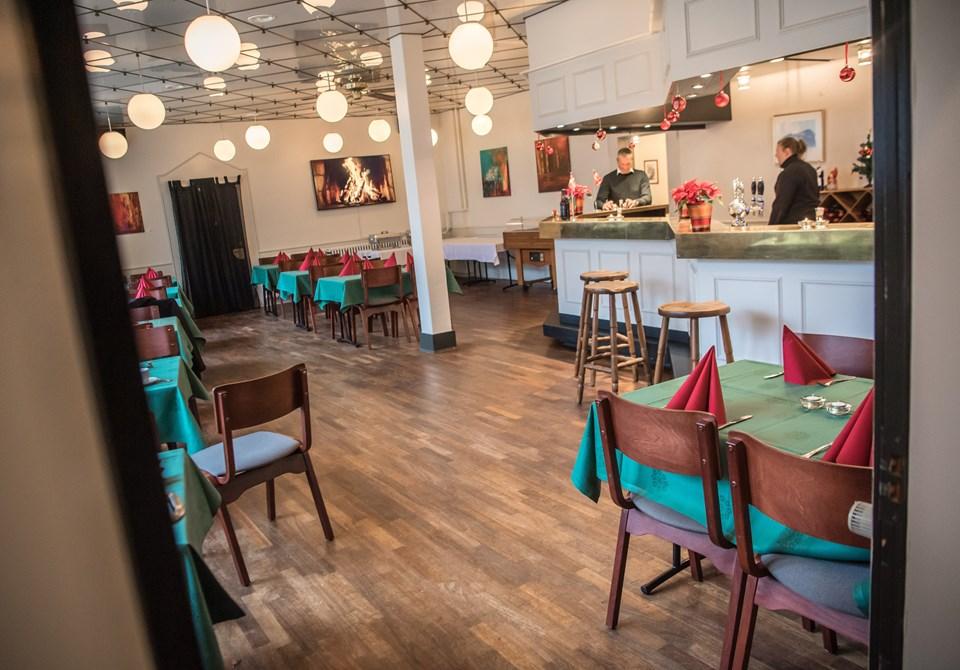 Et leben af mangfoldighed må gerne udspille sig i Theaterrestauranten, som serverer vekslende buffet morgen, middag og aften. Martin Damgård