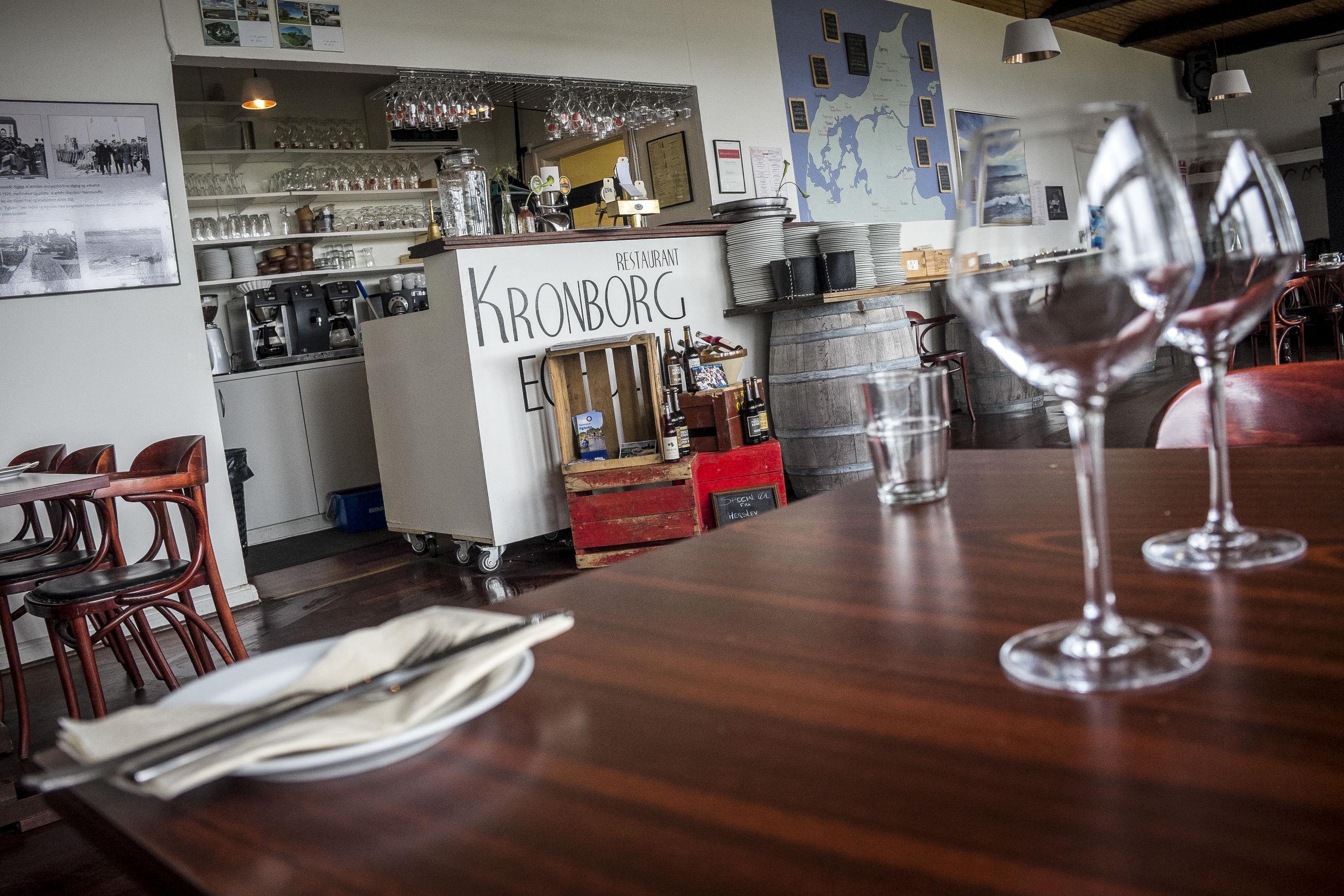 Gå en tur på Egholm og spis en dejlig frokost på Restaurant Kronborg. Foto: Martin Damgård