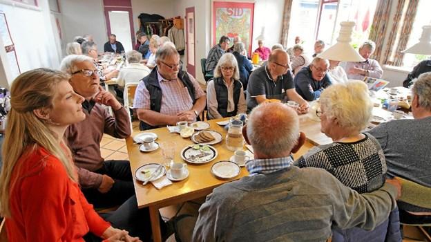 """Der var stor tilslutning til arrangementet, der foregik i """"Huset"""" på Gutenbergvej i Dronninglund. Foto: Jørgen Ingvardsen Jørgen Ingvardsen"""