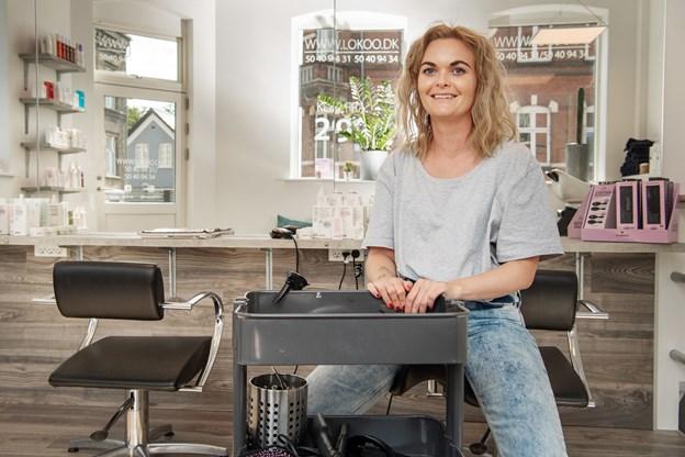 Som frisør har Christina Gadensgaard Larsen både erfaringer fra Australien og København, men hun er ikke i tvivl om, at Nørresundby er det helt rigtige sted.