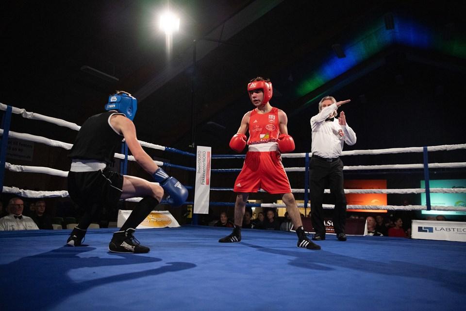 Ahmad Arrag fra Brønderslev Bokseklub vandt hans kamp mod den tjekkiske modstanderMichal Hamouz.Foto: Hans Ravn HANS RAVN
