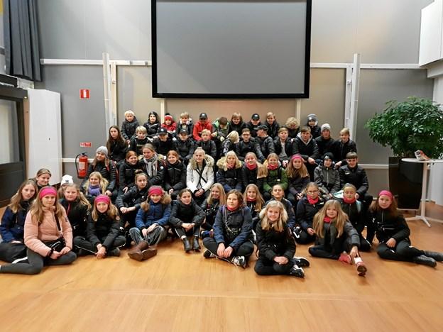 Hele fem ungdomshold fra Blackhawks er med i Sverige. Privatfoto