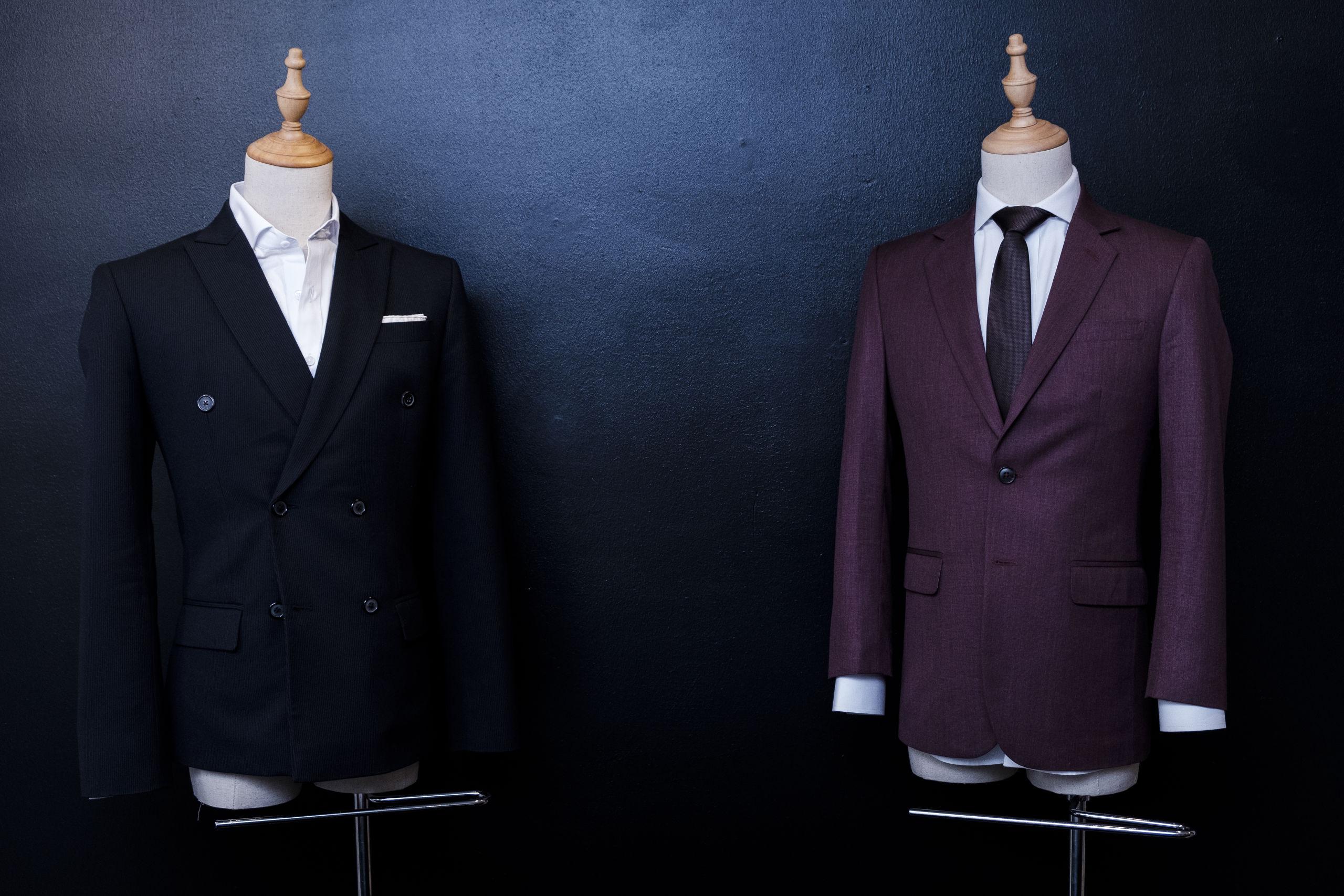 Alt bliver syet op fra bunden, og man er selv med til at vælge, hvordan tøjet skal se ud. Foto: Lasse Sand
