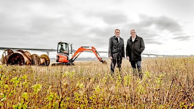 Bestyrelsesformand i Thy-Mors Energi, Robert Hove sammen med borgmester, Hans Ejner Bertelsen. PR-foto. Mette Johnsen