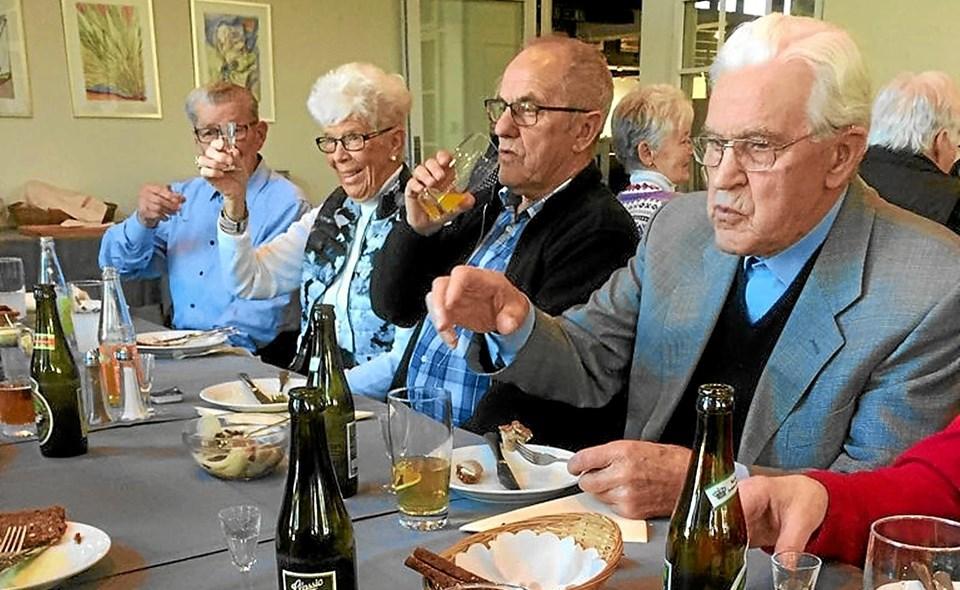 50 deltagere hyggede sig på turen med Hals Rejseklub. Privatfoto