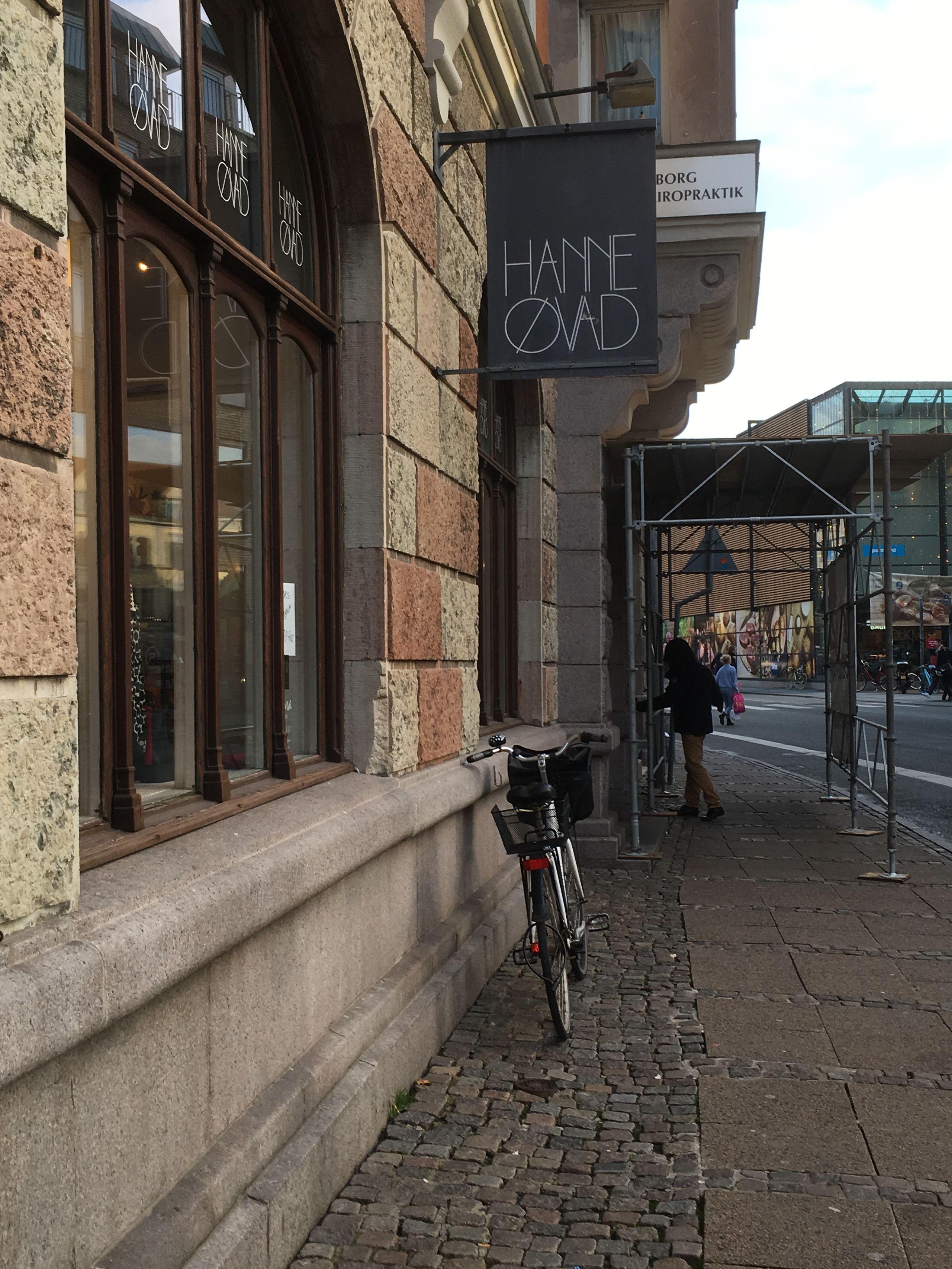 På Instragram beklager kunderne den markante butiks lukning. Privatfoto