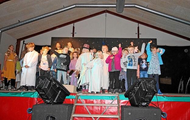 Ved skolefesten på Agersted Friskole opførte man med stor succes forestillingen 'Busters Verden'. Foto: Jørgen Ingvardsen