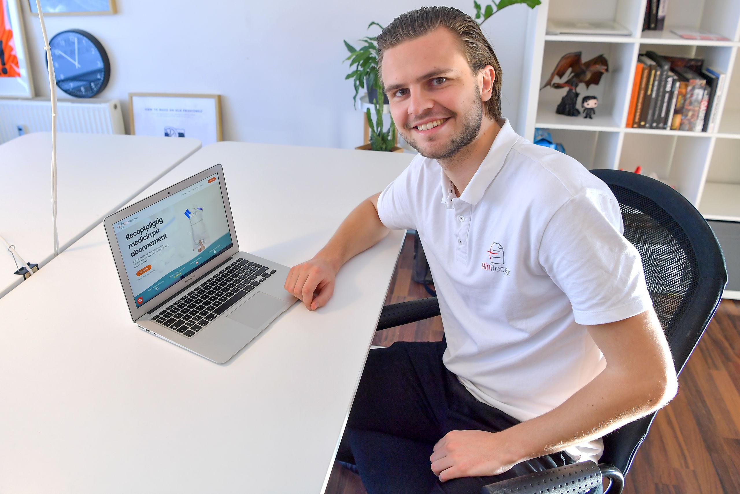 Joakim Skak fra Nørresundby har kastet sig ud i et iværksætter-eventyr med firmaet MinRecept. Foto: Jesper Thomasen