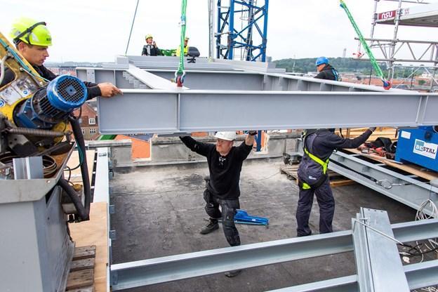 Fredag 24. august åbner den ny rooftop. Arbejdet med etableringen går planmæssigt.