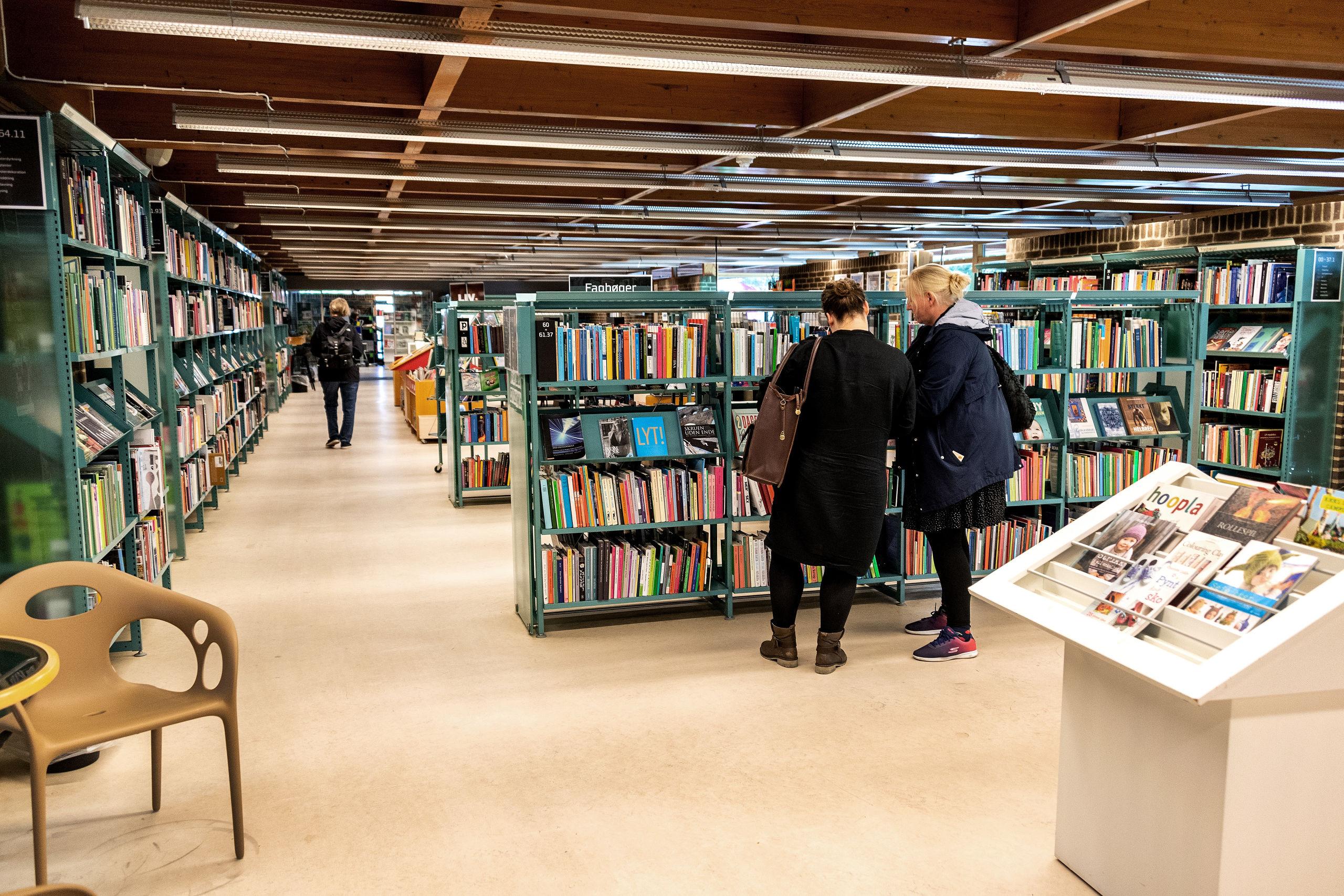 Hovedparten af bøgerne forsvinder ved årsskiftet fra Haraldslund Bibliotek, når det bliver lavet til et såkaldt servicepunkt. Arkivfoto: Laura Guldhammer