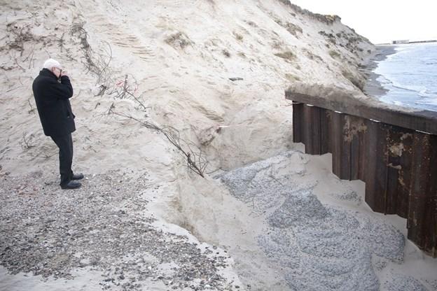 Anklage: Hjørring Kommune kystsikrer nu også med betonkanon