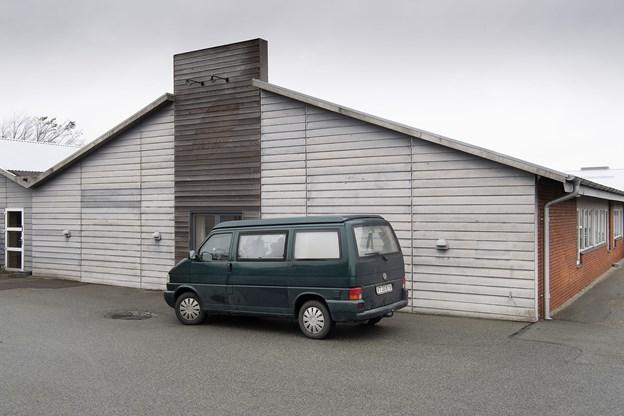 Kunstudstillingen er flyttet fra Doverodde til den tidligere møbelfabrik på Nørre Alle 39 i Hurup.