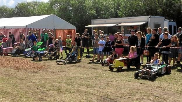 Men husk også, at der er tivoli på pladsen hele ugen. Arkivfoto: Us Car Camp.