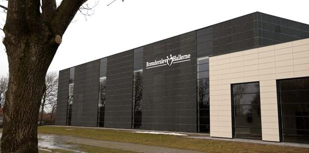 Der satses på 500 koncertgæster i Brønderslev Hallerne, når Peter og de andre Kopier og Johnny Madsen Tribute spiller 30. marts. Arkivfoto: Bente Poder