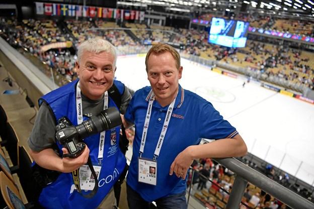 Fotograf Claus Søndberg og sportsredaktør Claus Jensen tager os med bag kulisserne ved VM i ishockey