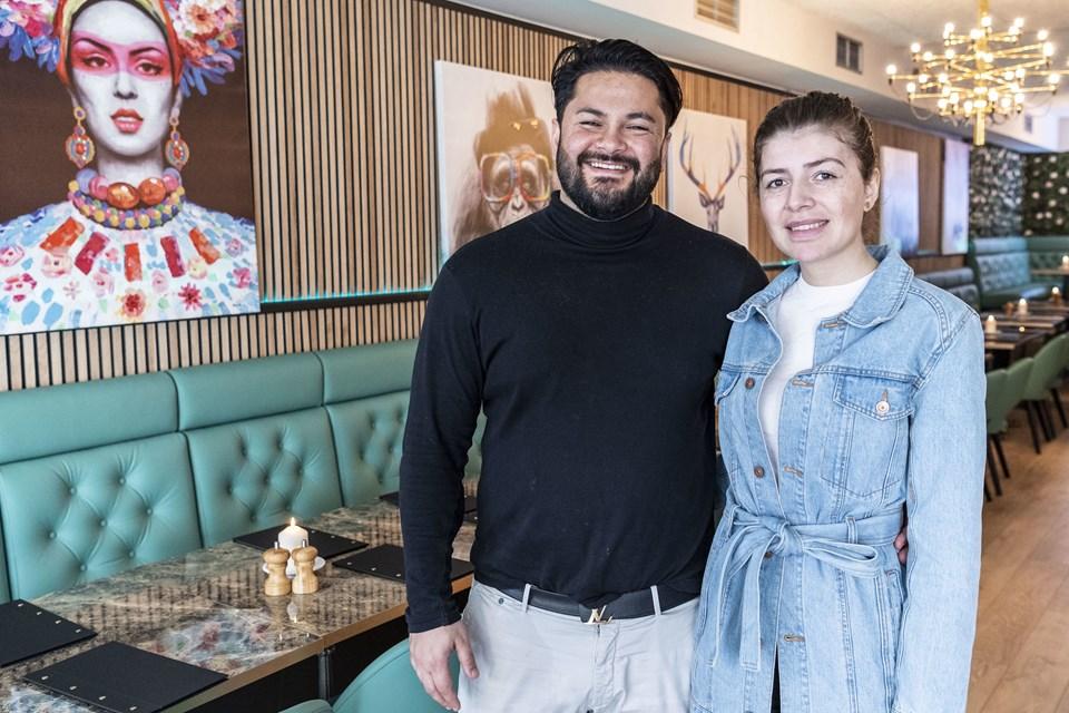 Caglar Koycu og hans hustru Gamze Sezer har begge lagt mange kræfter i arbejdet med at gøre Café Min Olivia klar til åbningen. Foto: Kim Dahl Hansen
