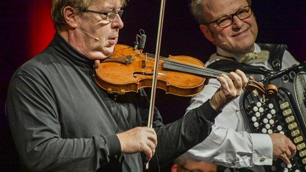Sjögren er virtuost - både på violinen og i sine fortælling. Foto: Kim Dahl Hansen
