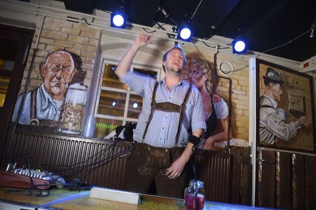 På Heidi's Bier Bar kan du både komme til grandprix-bingo og -beer pong. Foto: Claus Søndberg.