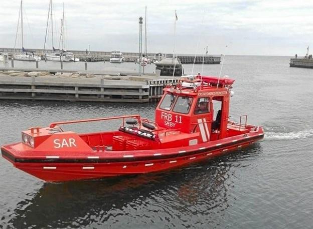 Redningsbåden kommer hjem efter aktionen. Foto: Sæby Redningsstation