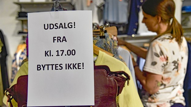 Udsalget i Hanstholm er startet. Klokken 17 fyres en række ekstra gode udsalgstilbud af. Foto: Ole Iversen