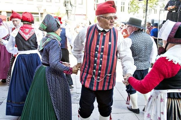 Folkedans dyrkes fortsat flere steder i landsdelen. Ny sæson starter i Vrå. Arkivfoto: Kim Dahl Hansen