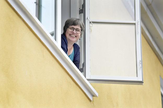 Marianne Isen, journalist på Skagen Onsdag, der i dag udkommer med nyt design.   Foto: Bente Poder