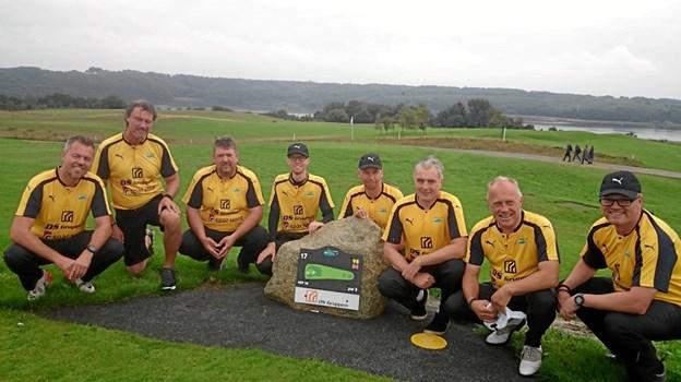 Hobro Golfklubs bedste herrehold - i de HIK-inspirerede gule trøjer - skal i 2019 for første gang prøve kræfter i 4. division.  Privatfoto