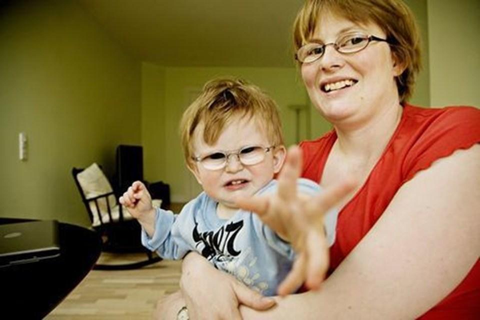 28835675e4f Den synshandicappede Diana Stentoft Rees møder stadig fordomme om hendes  evne til at passe sønnen Nicolas. Foto: Hans Christian Jacobsen
