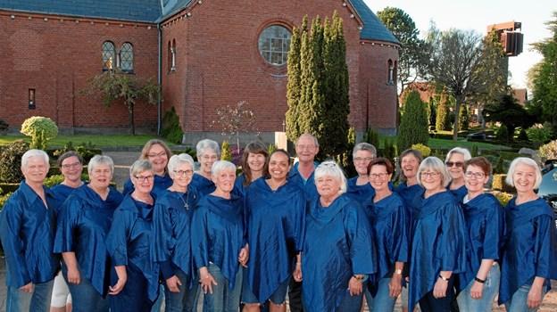 Spirits of Joy - synger foråret ind i Thingbæk Kalkminer påskedag. Privatfoto