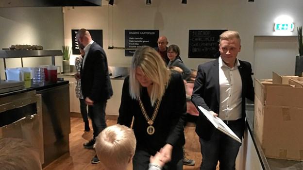 og borgmester Birgit Hansen fik mange gode snakke med de mange julefestdeltagere