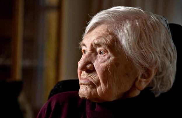 Elna Jensen boede i lejlighed, indtil hun var 100 år. Så flyttede hun på plejehjem.Foto: Henrik Louis HENRIK LOUIS