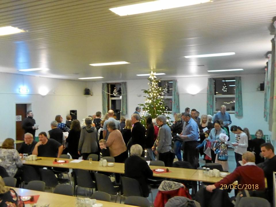 Juletræsfesten blev en fabelagtig fest for byens borgere, som traditionen tro stimlede sammen for at fejre julen og hygge sig sammen. Privatfoto