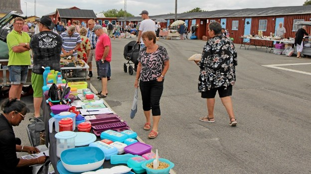 Der var også mulighed for at besøge det ugentlige kræmmermarked på havnen. Foto: Jørgen Ingvardsen Jørgen Ingvardsen
