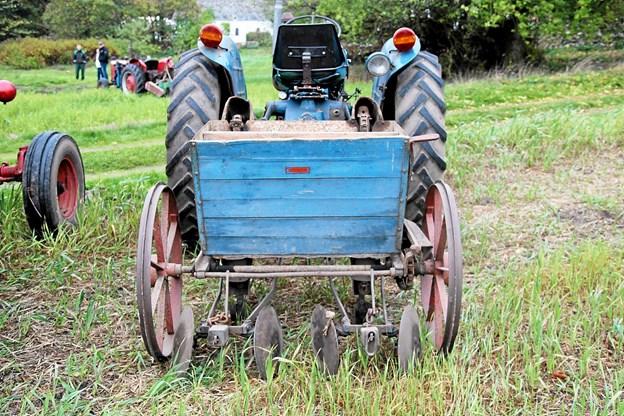 En ældre maskine til at lægge kartofler med. Foto: Flemming Dahl Jensen