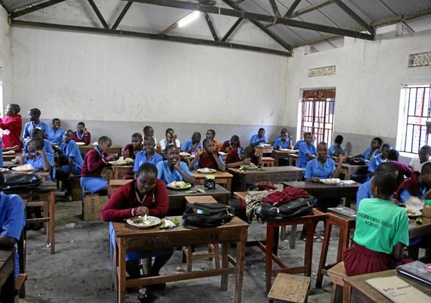 Et klasselokale på Kichwamba High School i Jinja.