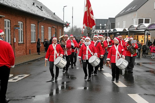 Struer Jernbaneorkester leverede skøn julemusik. Foto: Ole Nielsen