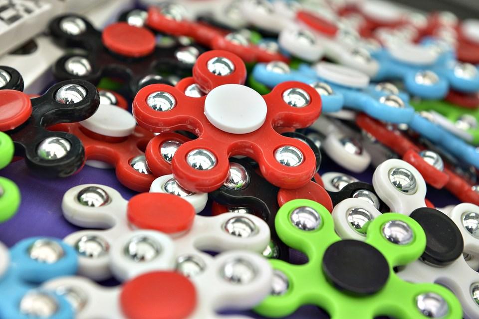 De små spinnere kommer i mange farver og faconer. Foto: Bent Bach
