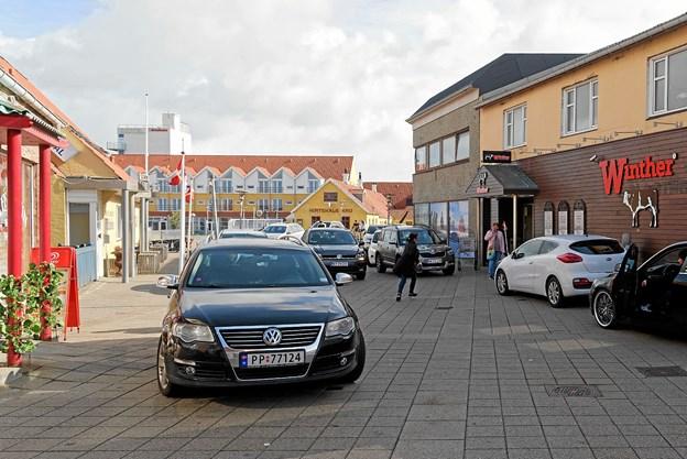 Kundetilstrømningen var stor, da Slagter Winther genåbnede i onsdags. Foto: Niels Helver