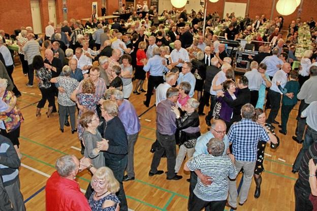 Alle hyggede sig og dansegulvet blev virkelig brugt. Foto: Hans B. Henriksen Hans B. Henriksen