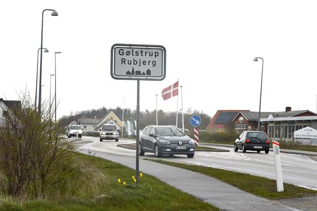 En af visionerne for at gøre vejkantslandsbyerne som Gølstrup og Rubjerg mere attraktiver er at rive dårlige huse ned og skabe grønne pletter i stedet for.  Arkivfoto:Bente Poder